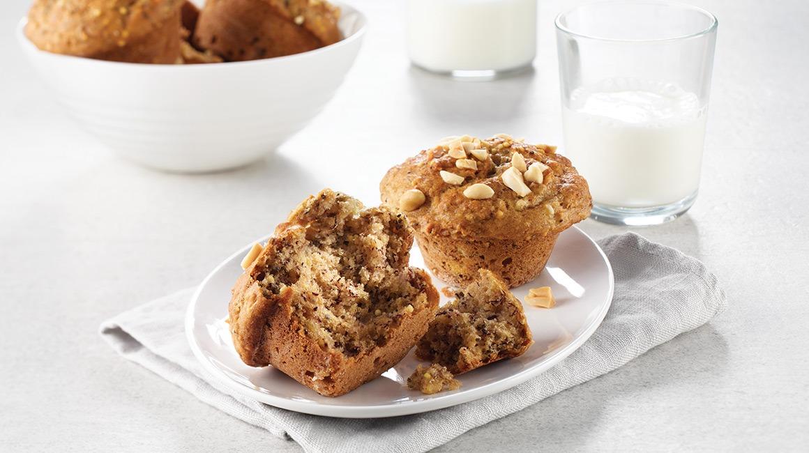 Muffins multigrains aux bananes et beurre d'arachide de Manon Lapierre alias La petite bette