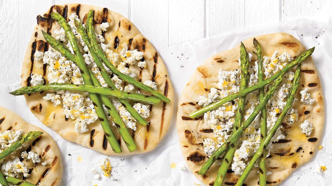 Pains plats aux asperges